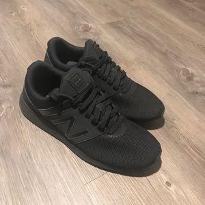 Women's New Balance sneakers